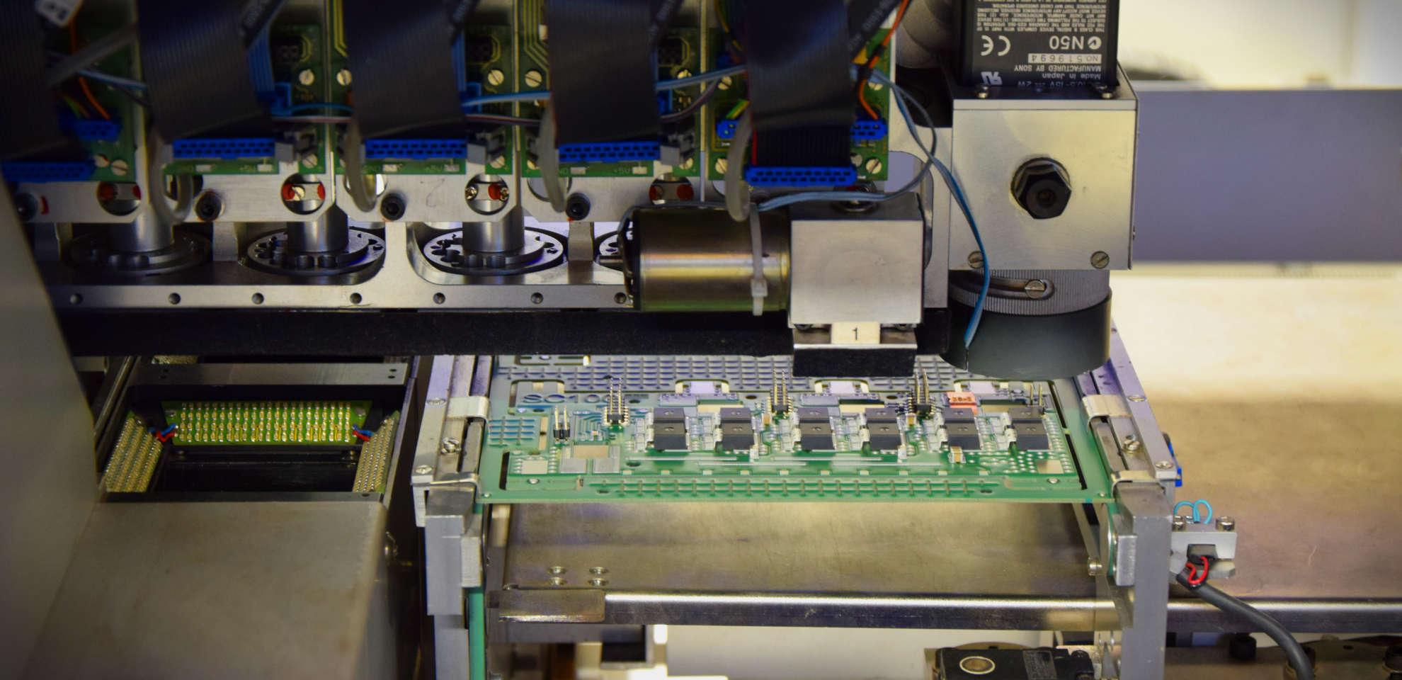 Die Herstellung von SMD-Leiterplatten durch den Einsatz der Mimot-Maschine